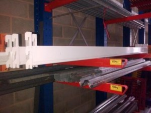 2700mm used Apex 2000kg beams