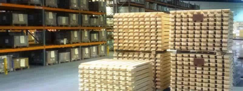 Timber decks for pallet racking