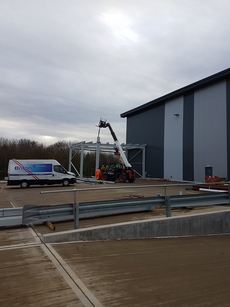 Warehouse External Loading Canape